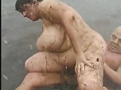 Fat Chick Gets Fucked Like A Pig