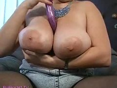 fat girl play with dildo
